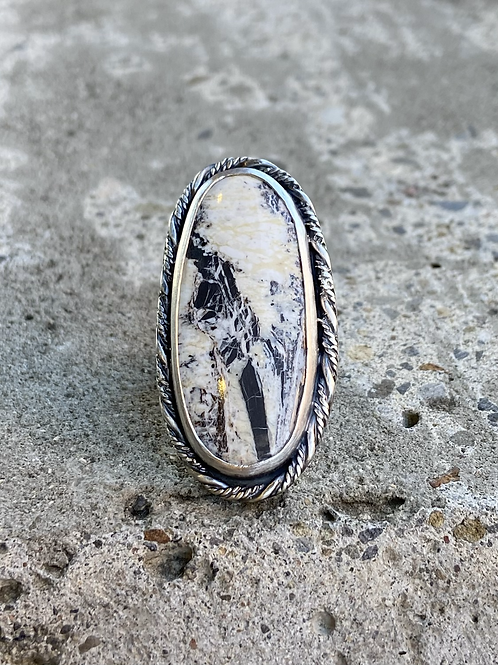 White Buffalo and Fine/Sterling Silver Ring (size 7.25)