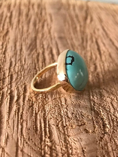 Turquoise and 14k SOLID Gold Ring - Size 6.25