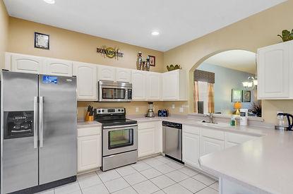 Kitchen Diner Photo 2.jpg