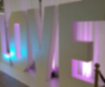 Location de mobilier, Location décoration de mariage, table rectangulaire en Suisse, Lausanne, Fribourg, Valais, Genève, Montreux, Sion, Neuchatel, Vevey
