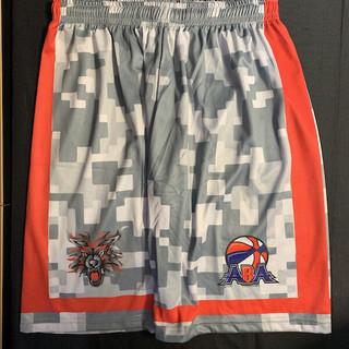 Custom-basketball-shorts-Texas-Red-Wolve