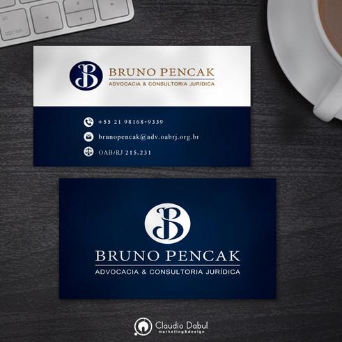 Cartão corporativo para o advogado Bruno Pencak.