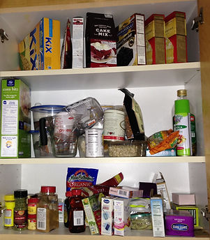 A disorganied pantry