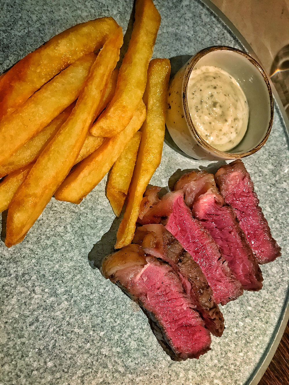 clovar-creative-eastside-bar-and-grill-chippendale-sydney-striplion-steak-handcut-fries-truffle-mayo