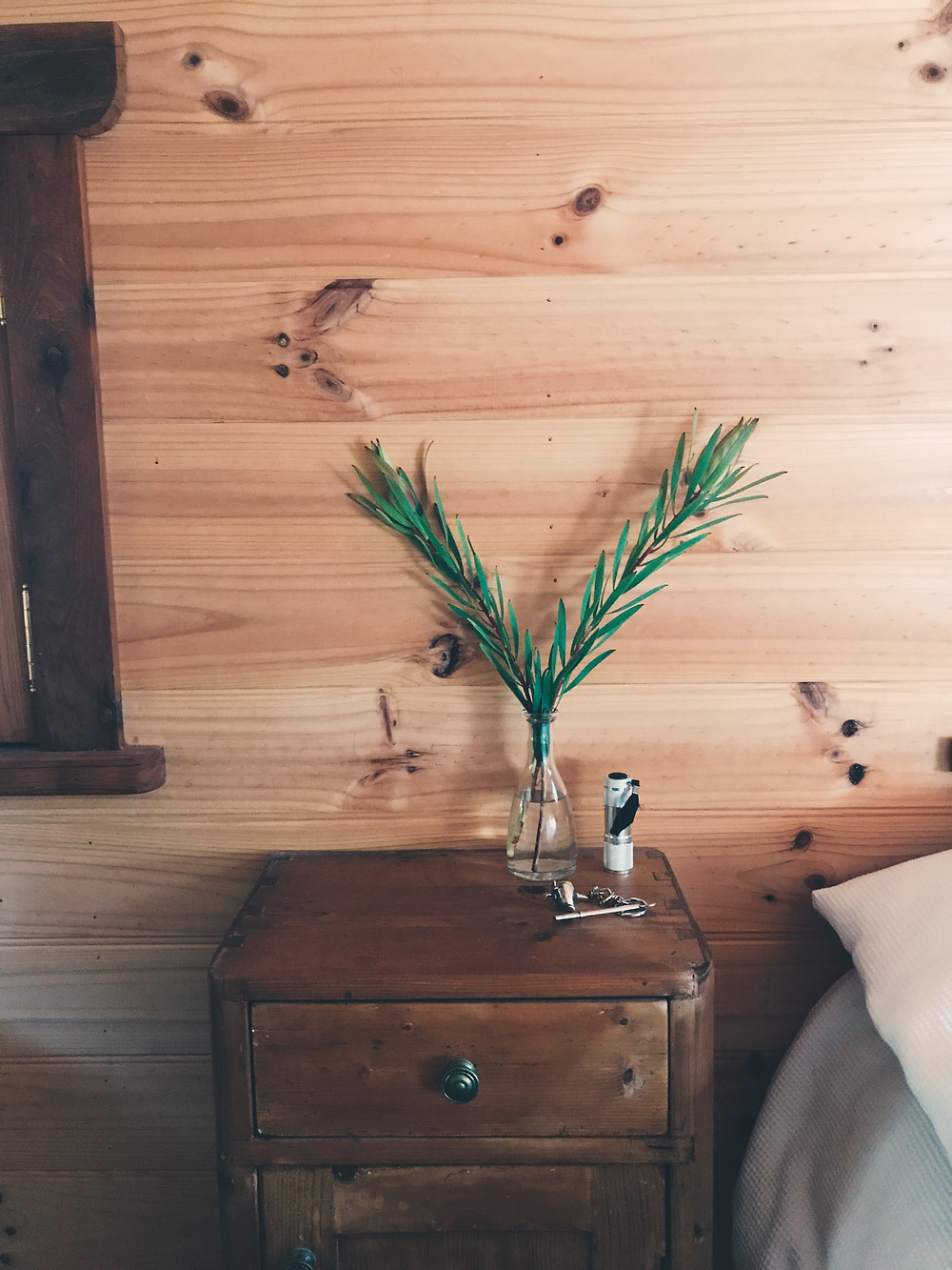 clovar-creative-kangaloon-southern-highlands-NSW-what-to-do-bedroom-2