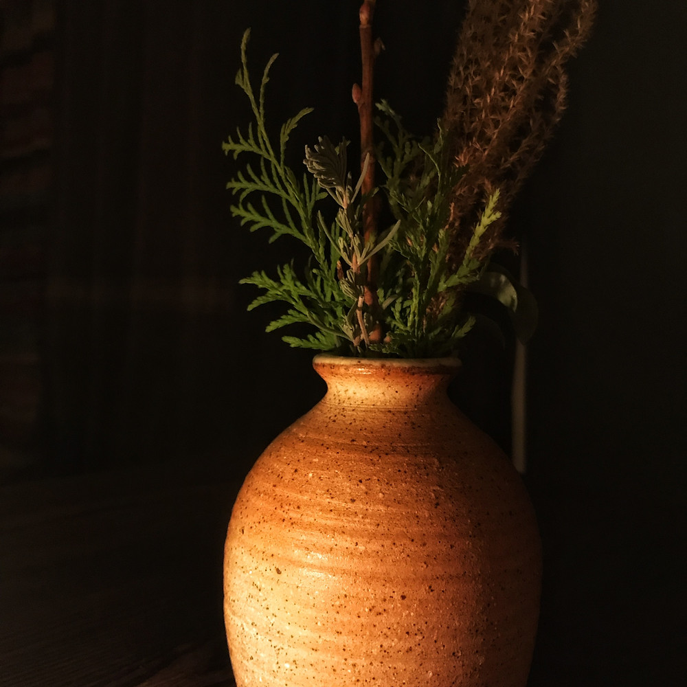 clovar-creative-sherwood-queenstown-new-zealand-review-stay-play-vase