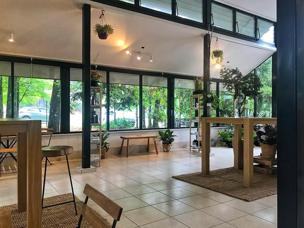Clovar-creative-sorensen-glasshouse-and-garden-leura-inside-glasshouse