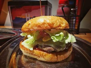 Burger heaven at Huxtaburger- Melbourne CBD