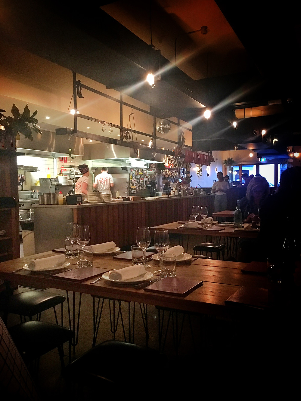clovar-creative-lps-quality-meats-chippendale-interior-kitchen