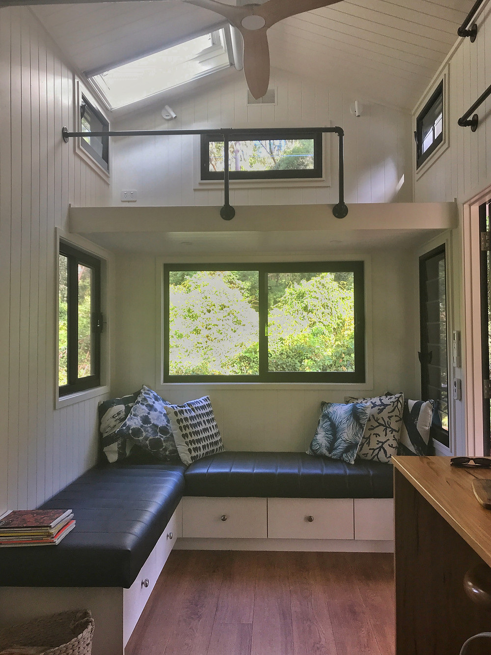 Clovar-creative-tallarook-tiny-house-interior