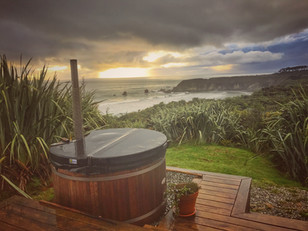 Woodpecker Hut   West Coast South Island, New Zealand
