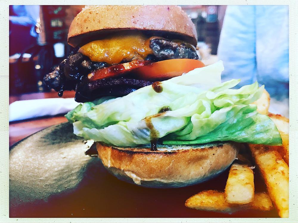 clovar-creative-robertson-burrawang-southern-highlands-road-trip-five-napkin-burger-burrawang-general-store