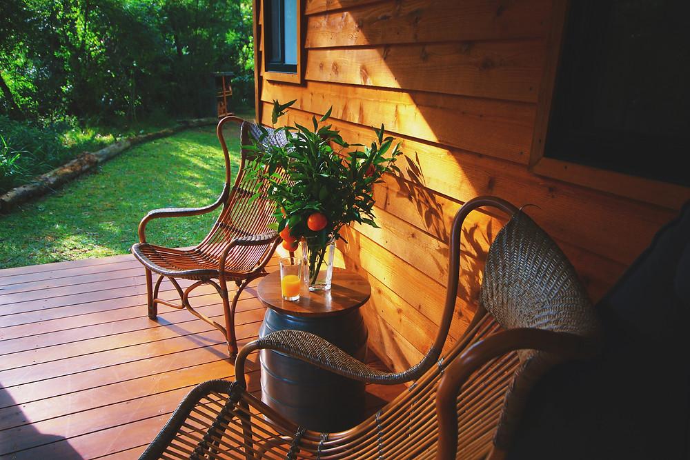 Clovar-creative-tallarook-tiny-house-verandah