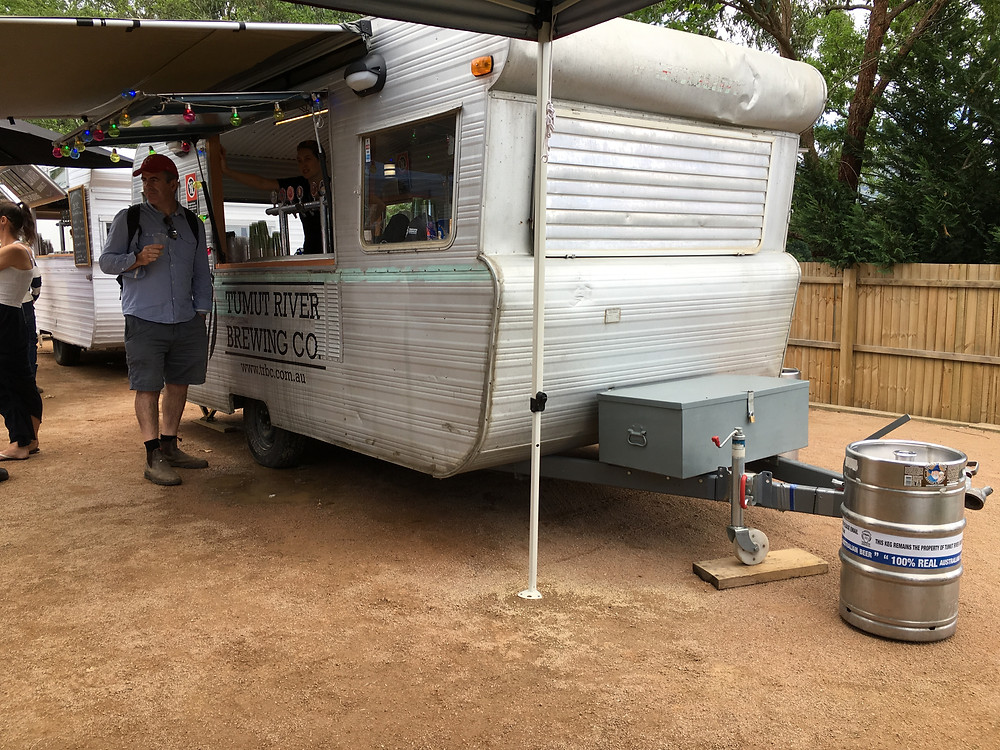 clovar-creative-kangaroo-valley-craft-beer-and-bbq-festival-2017-tumut-river-brewing-co