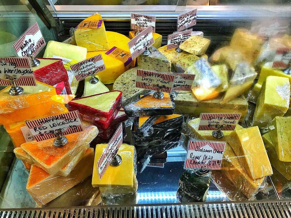 clovar-creative-robertson-burrawang-southern-highlands-road-trip-the-old-robertson-cheese-factory-cheese-varieties