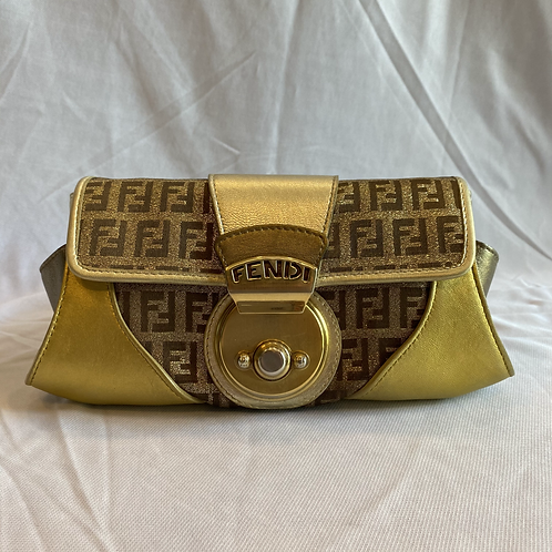 Fendi Classic Clutch