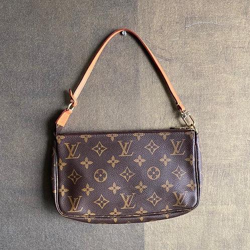Louis Vuitton Pochette Monogram Brown Leather Clutch