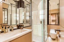 C1 - bathroom 2