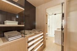 C1 - bathroom 2-1
