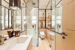 C1 - bathroom 1