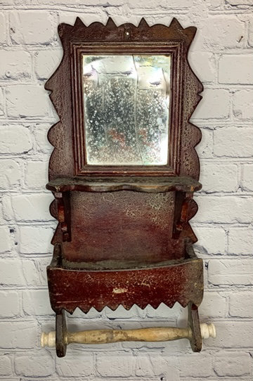 A 19th C Canadian last look mirror and wall box / Tablette mural avec miroir