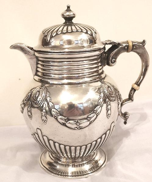 An English silver lidded jug, John Aldwinkle & James Slater, London 1882