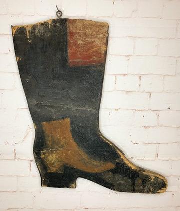 A 19thc advertising boot shop sign / Enseigne publicitaire magasin de chausseurs