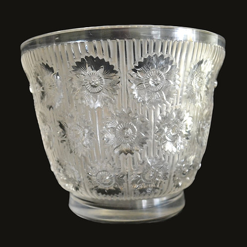 A 20th C Lalique 'Edelweiss' vase, produced in 1937