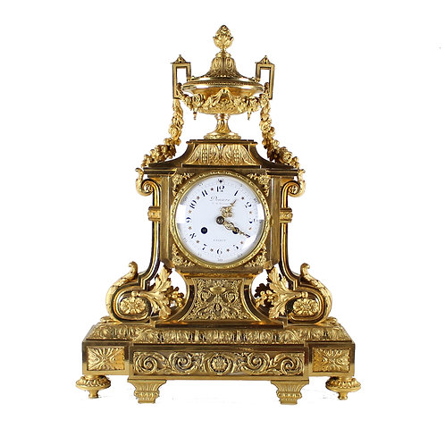 A Napoleon III gilt bronze mantel clock, marked Deniére Ft de Bronzes à Paris