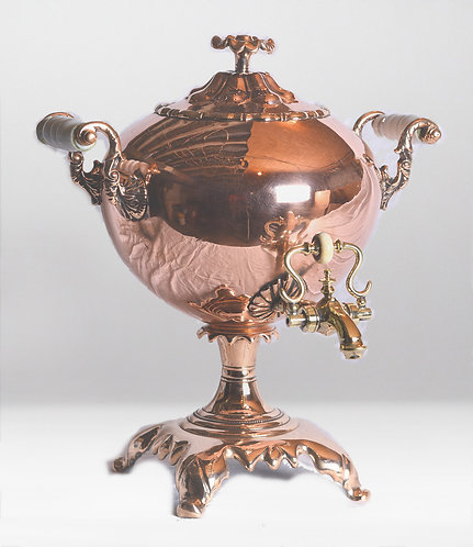 A 19th C Regency copper hot water urn of bulbous shape, English, circa 1810