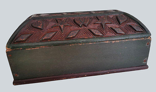 A 19th C North American relief & chip carved ditty box lid, Eastern Seaboard USA