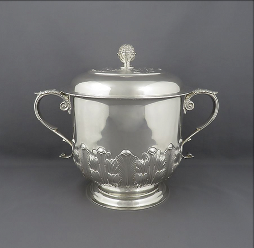 An English silver cup & cover, Goldsmiths & Silversmiths Co, London 1927