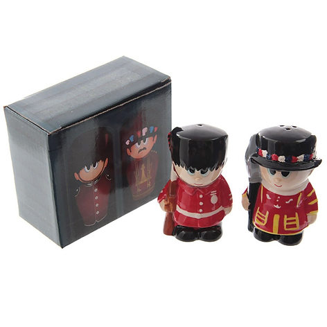 Guardsman & Beefeater salt & pepper pots