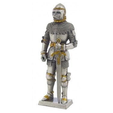 Knight in bascinet helmet model