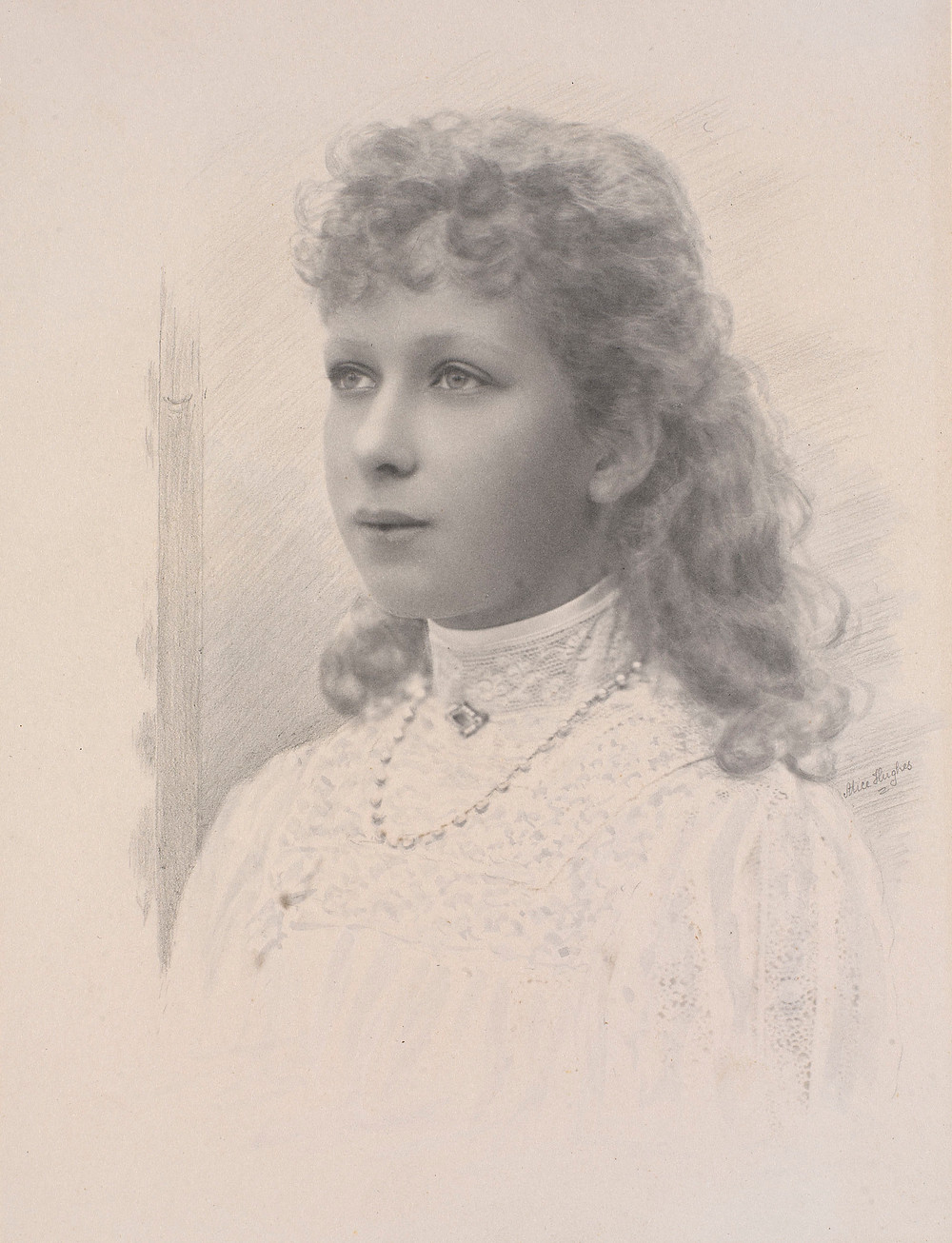 Princess Mary, later The Princess Royal and Countess of Harewood (1897-1965) 1909