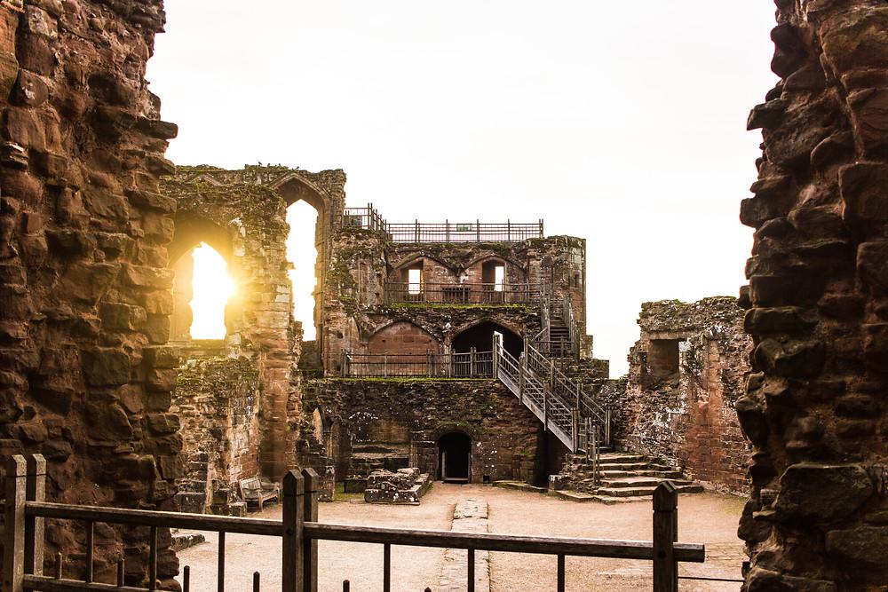 Kenilworth castle by Natalie Lomako