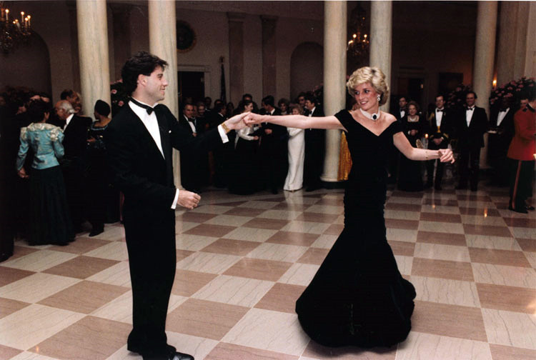 Diana, Princess of Wales dancing with John Travolta in the entrance hall at the White House. 11 November 1985