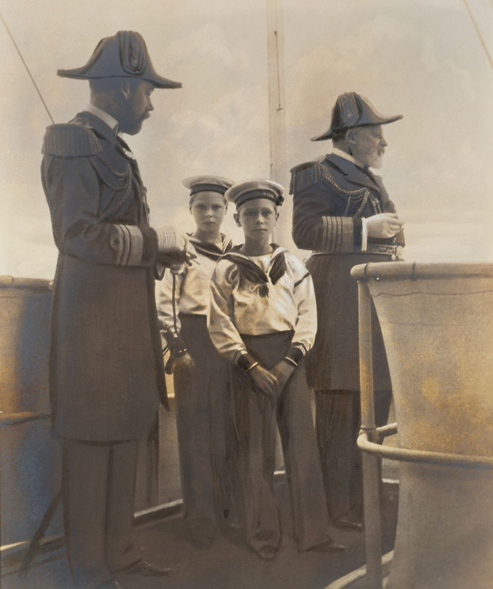 King Edward VII, George, Prince of Wales, Prince Edward and Prince Albert of Wales,  Aug 1905. The king & his family in full Royal navy uniform