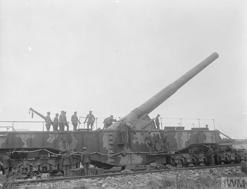 By British Government. - This is photograph Q 11464 from the collections of the Imperial War Museums., Public Domain, https://commons.wikimedia.org/w/index.php?curid=3520283