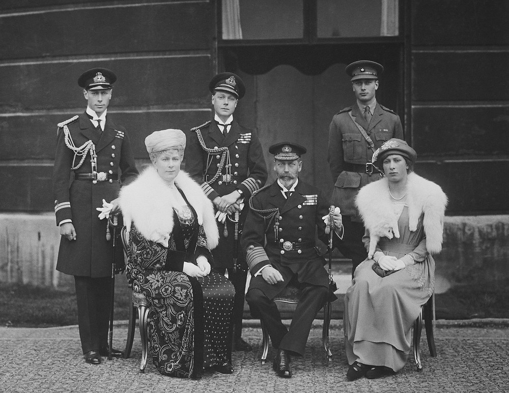 Queen Mary, King George V, Princess Mary, Prince Albert, Edward, Prince of Wales, Prince Henry c. 1921