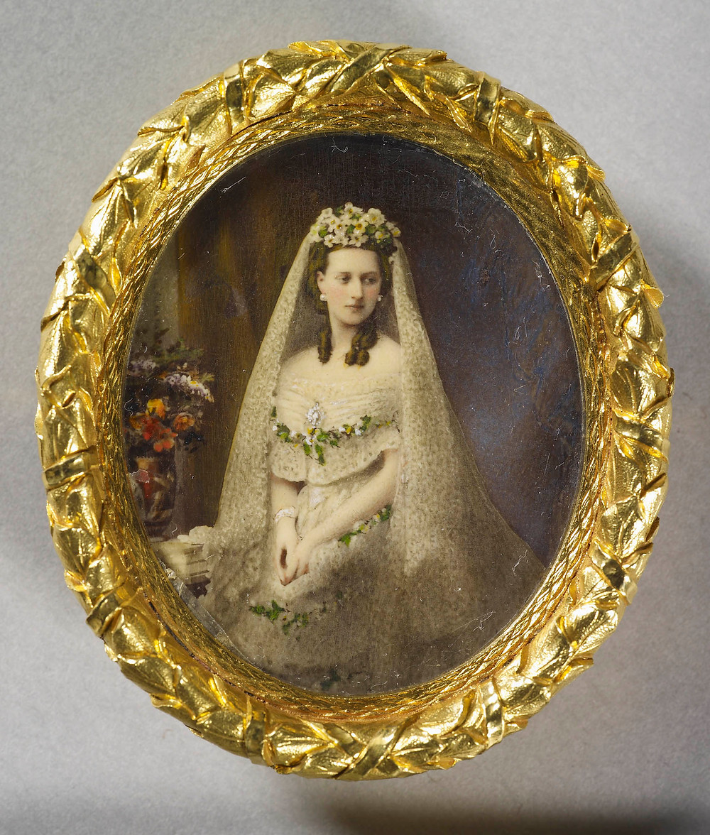 Queen Alexandra (1844-1925) when Princess of Wales 1863, by HENRY CHARLES HEATH; Royal Collection Trust/© Her Majesty Queen Elizabeth II 2018