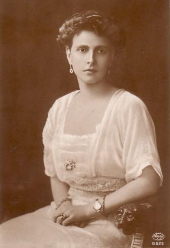 Princess Alice of Battenberg was the mother of Prince Philip and mother-in-law of Queen Elizabeth II. She was also a great-granddaughter of Queen Victoria. Vintage royal family photo