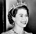 Queen_Elizabeth_II_-_1953-Dress.JPG