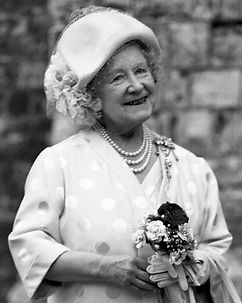 H.M._The_Queen_Mother_Allan_Warren_crop.