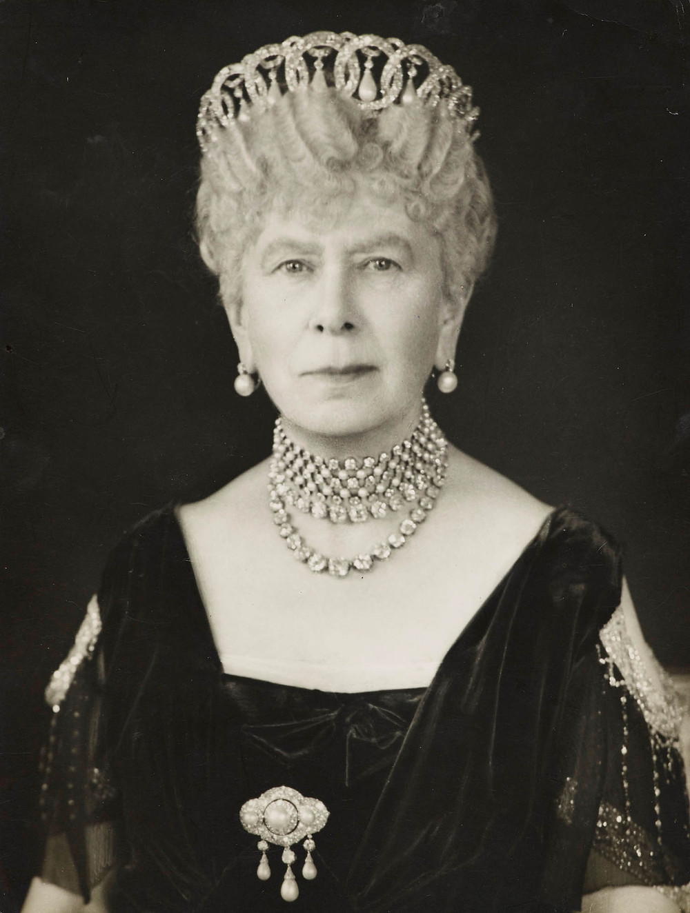 Queen Mary 1947 portrait photograph