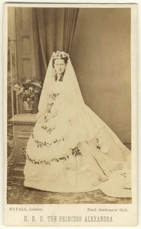Queen Alexandra  by John Jabez Edwin Mayall albumen carte-de-visite, 18 March 1863 NPG Ax24173  © National Portrait Gallery, London
