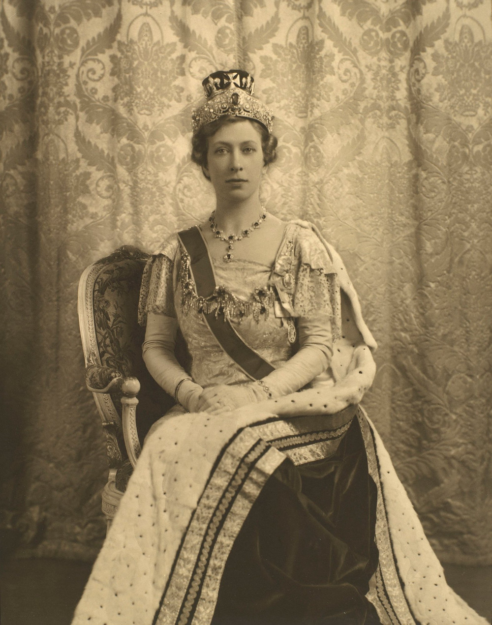 Princess Mary, 1937 - Royal Collection Trust/© Her Majesty Queen Elizabeth II 2021. The coronation of George VI