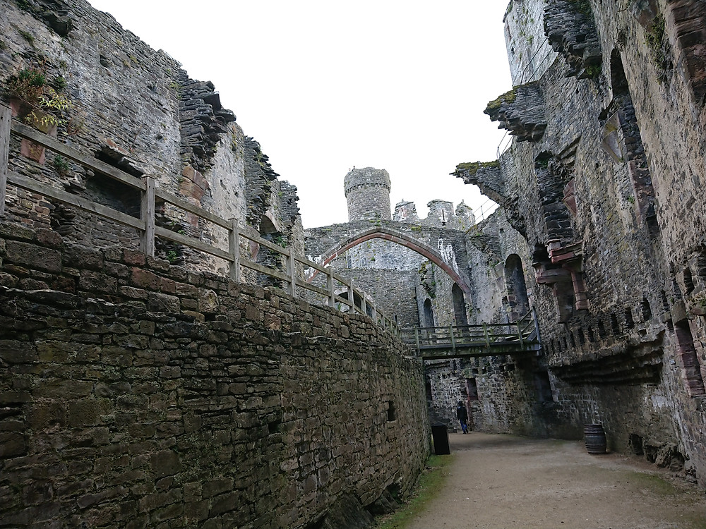 The Great Hall leading to the Chapel, at Conwy Castle, North Wales, Royal history, Medieval stronghold. Built by the English king Edward I