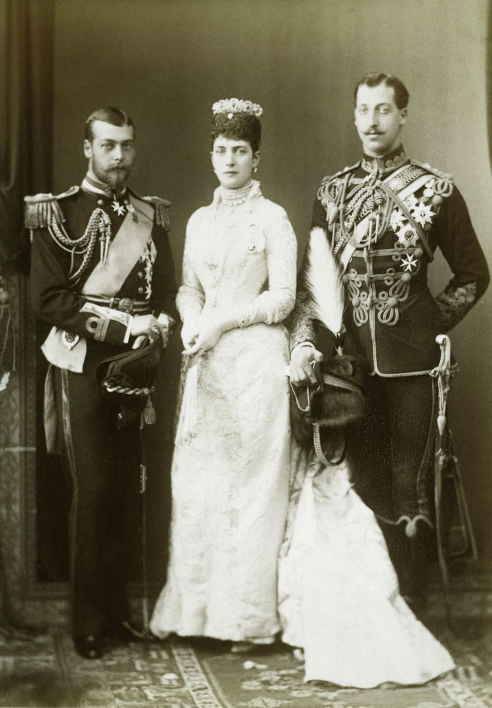 RCIN 2904795;Alexandra, Princess of Wales with her sons, Prince Albert Victor & Prince George, 27th July 1889; Royal Collection Trust/© Her Majesty Queen Elizabeth II 2018