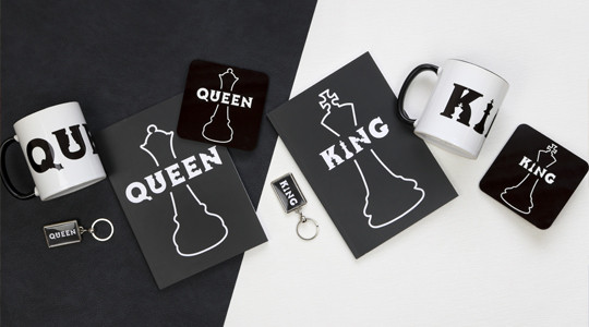 KINGS & QUEENS COLLECTION AT THE eNGLISH hERITAGE SHOP